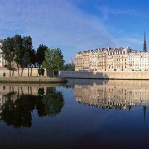 Экскурсии в кварталах Парижа